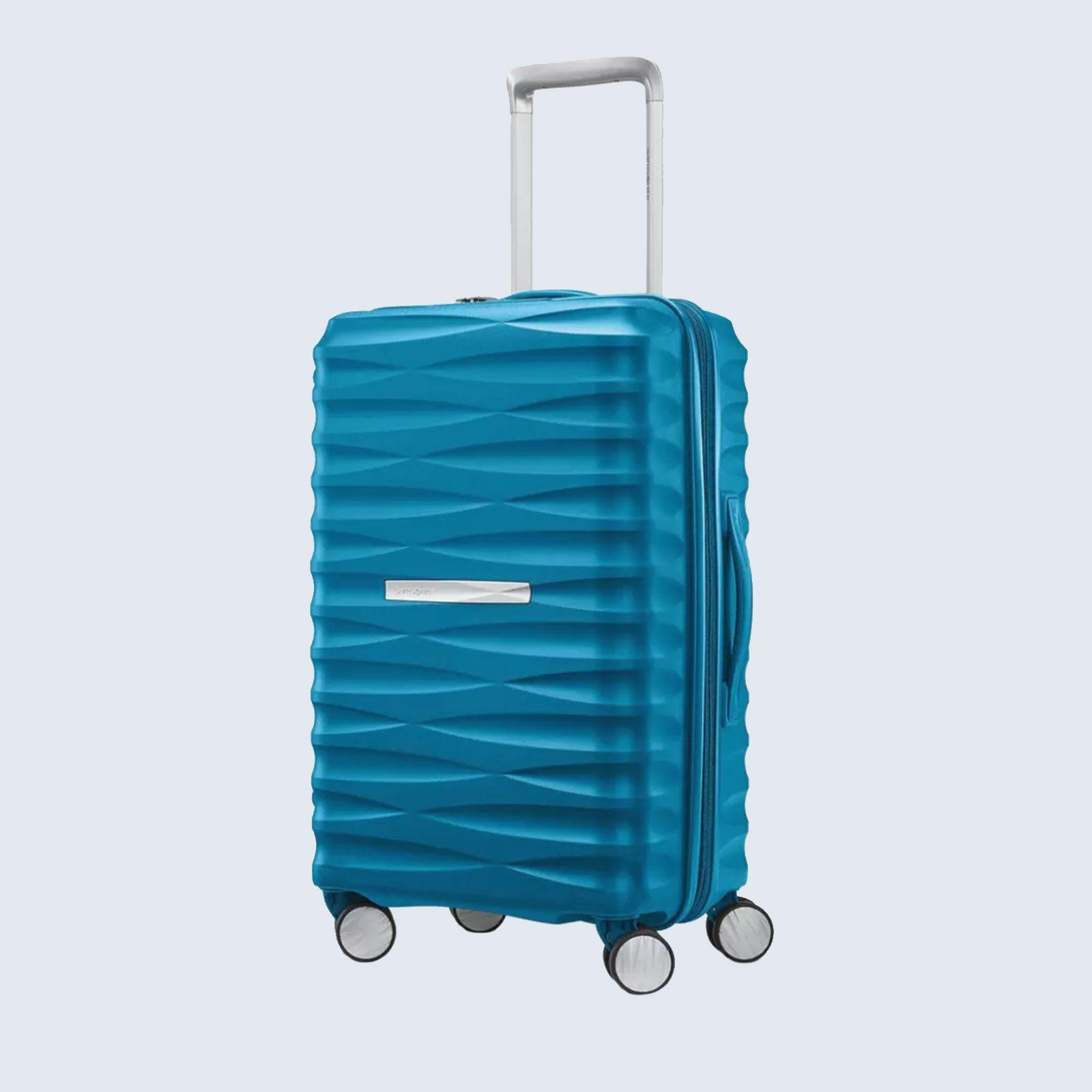 Luggage: Samsonite Voltage DLX Carry-On Spinner