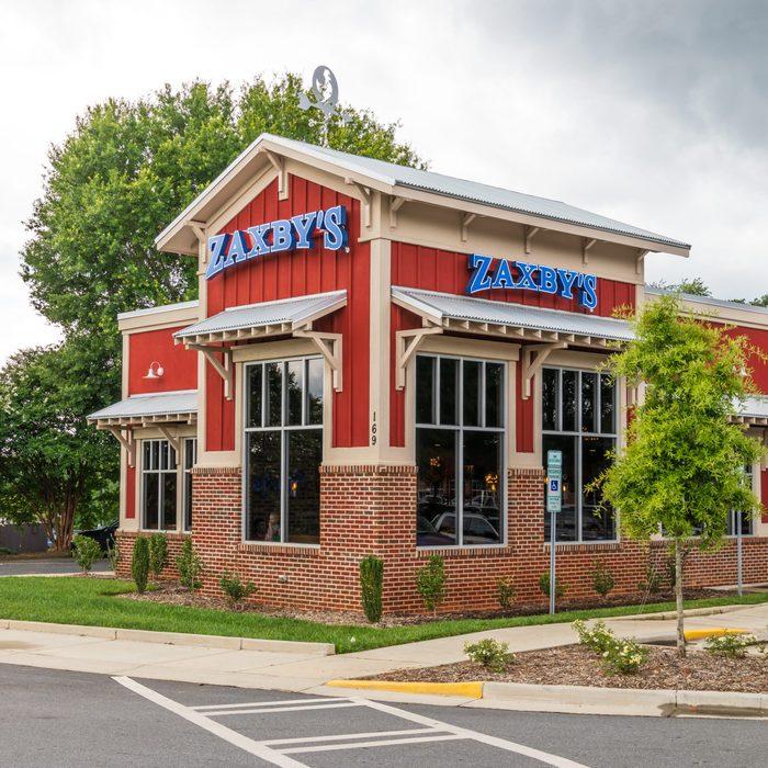 Zaxby's Restaurant exterior