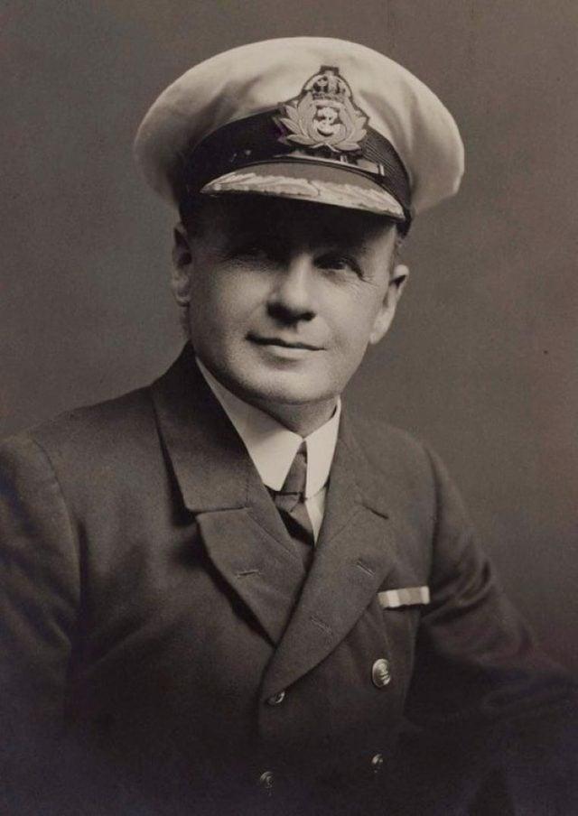 Charles Lightoller