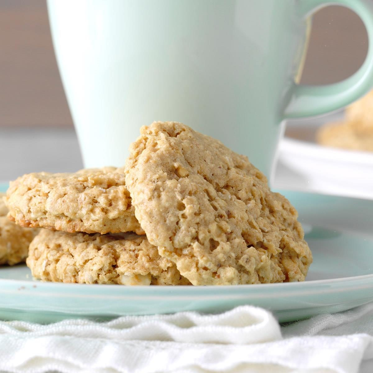 Easy Peanut Butter Oatmeal Cookies