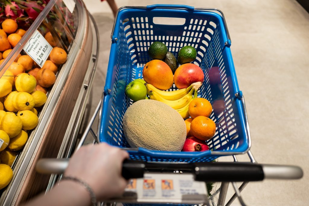 Shopping for fruits