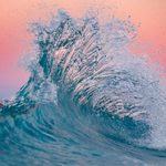 20 Breathtaking Wave Photos You Won't Believe Are Real