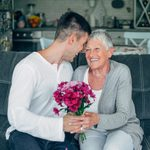 The Best Flowers (and Plants) to Send Mom This Mother's Day
