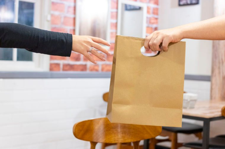 take out food from restuarant