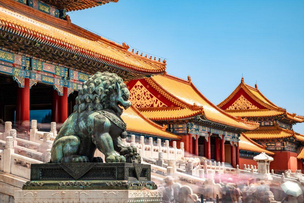 中國北京故宮建筑前的石獅子
