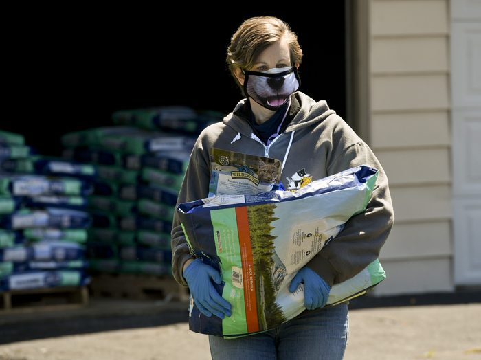 Humane Pennsylvania Gives Out Pet Food In Drive Through Pantry During Coronavirus Outbreak