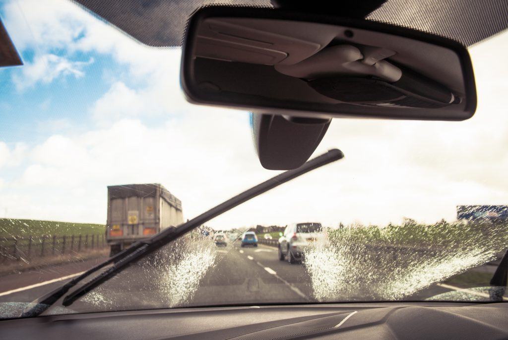 Clearing the windscreen while driving to improve visibility in t