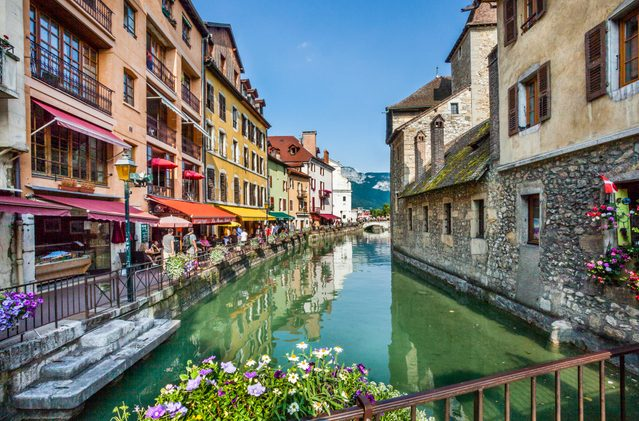Le Thiou Canal Old town of Annecy