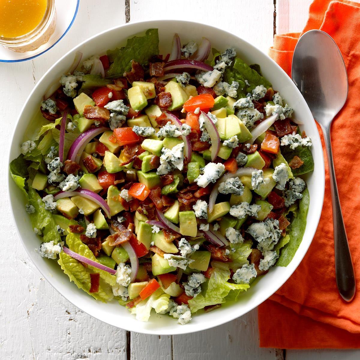 Connecticut: Bacon Avocado Salad