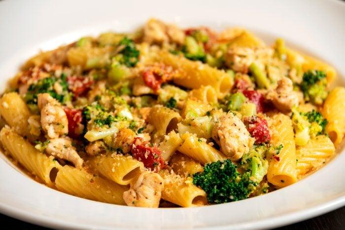 cheesecake factory chicken and broccoli pasta recipe