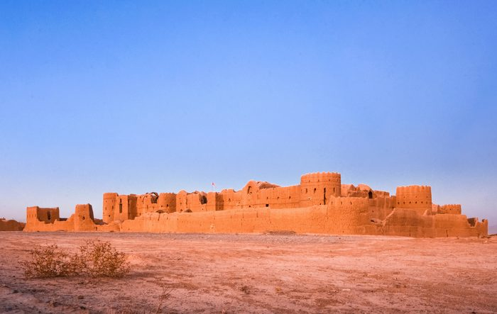 """Medieval, majestic Saryazd fortress built in the 7th century AD in """"Dasht-e Kavir"""" desert near Yazd, Iran"""