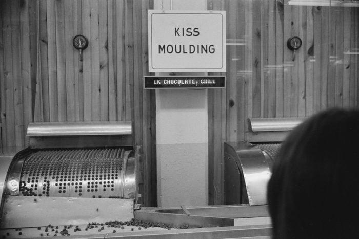 Kiss Moulding