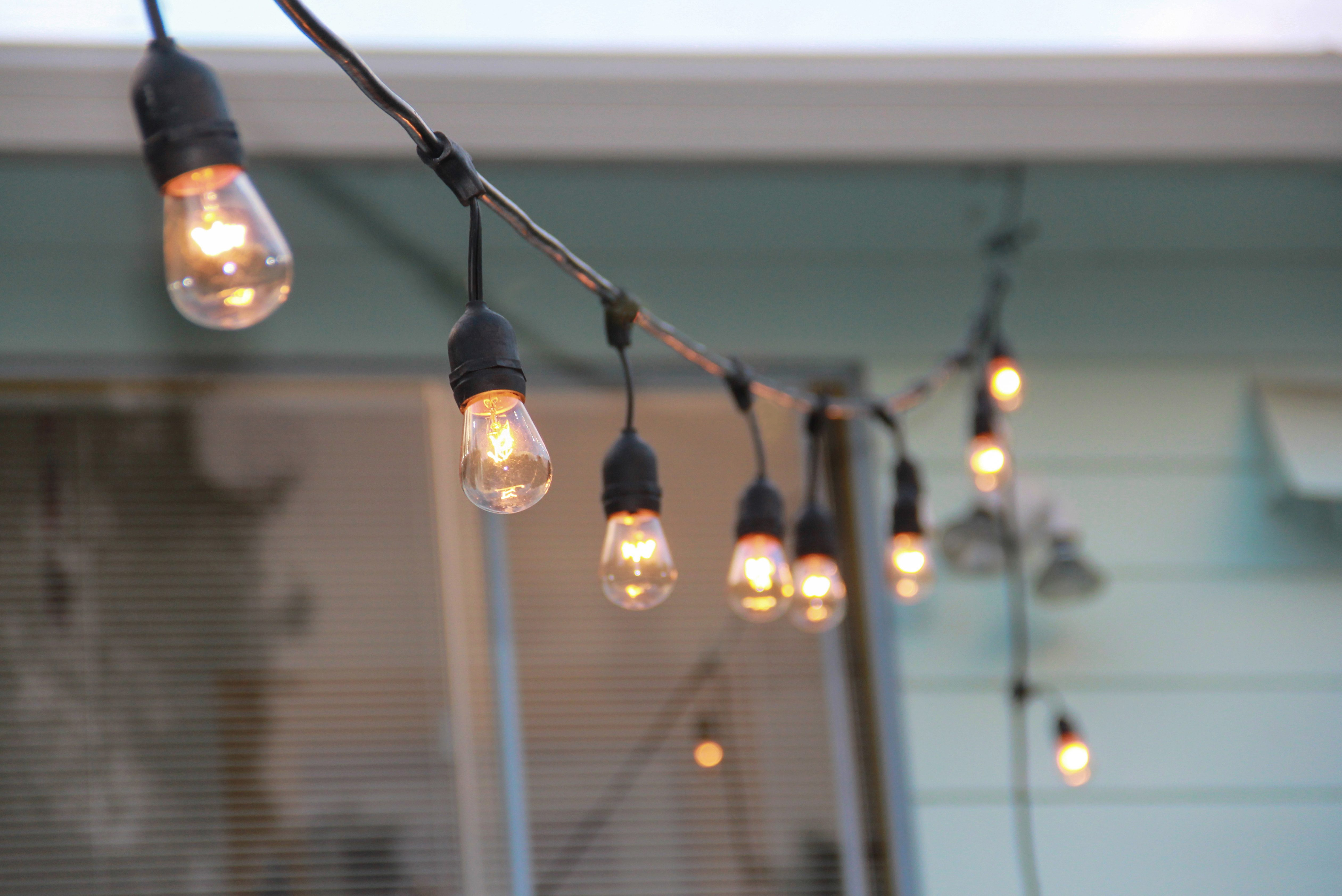 Illuminated string lights