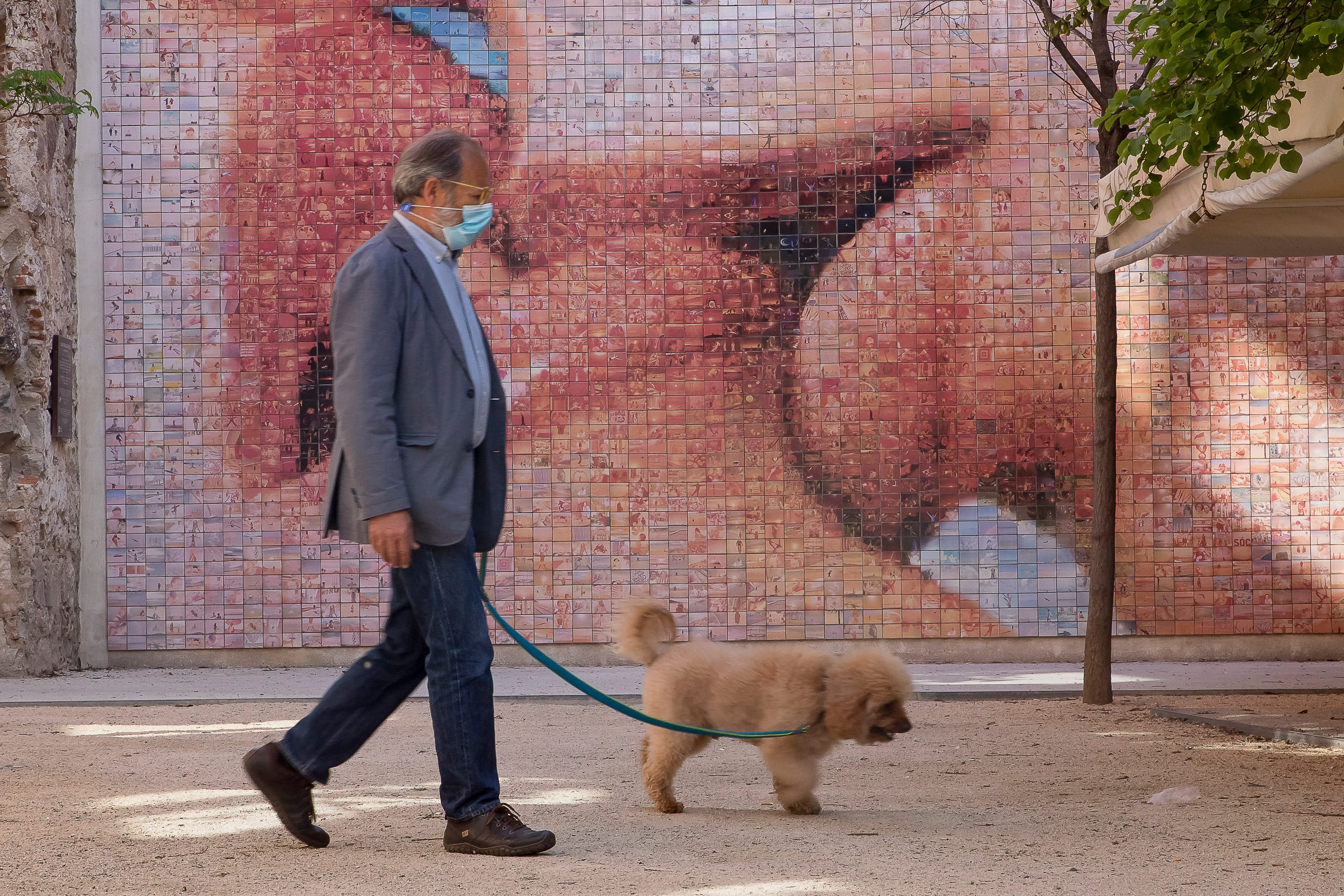 Daily Life In Barcelona Amid Coronavirus Emergency