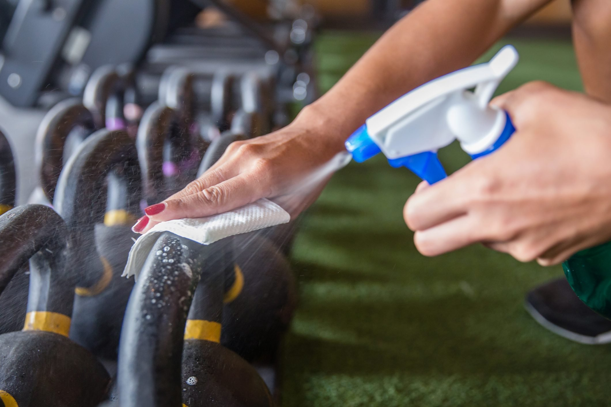Athlete clean and sanitize fitness equipment before use