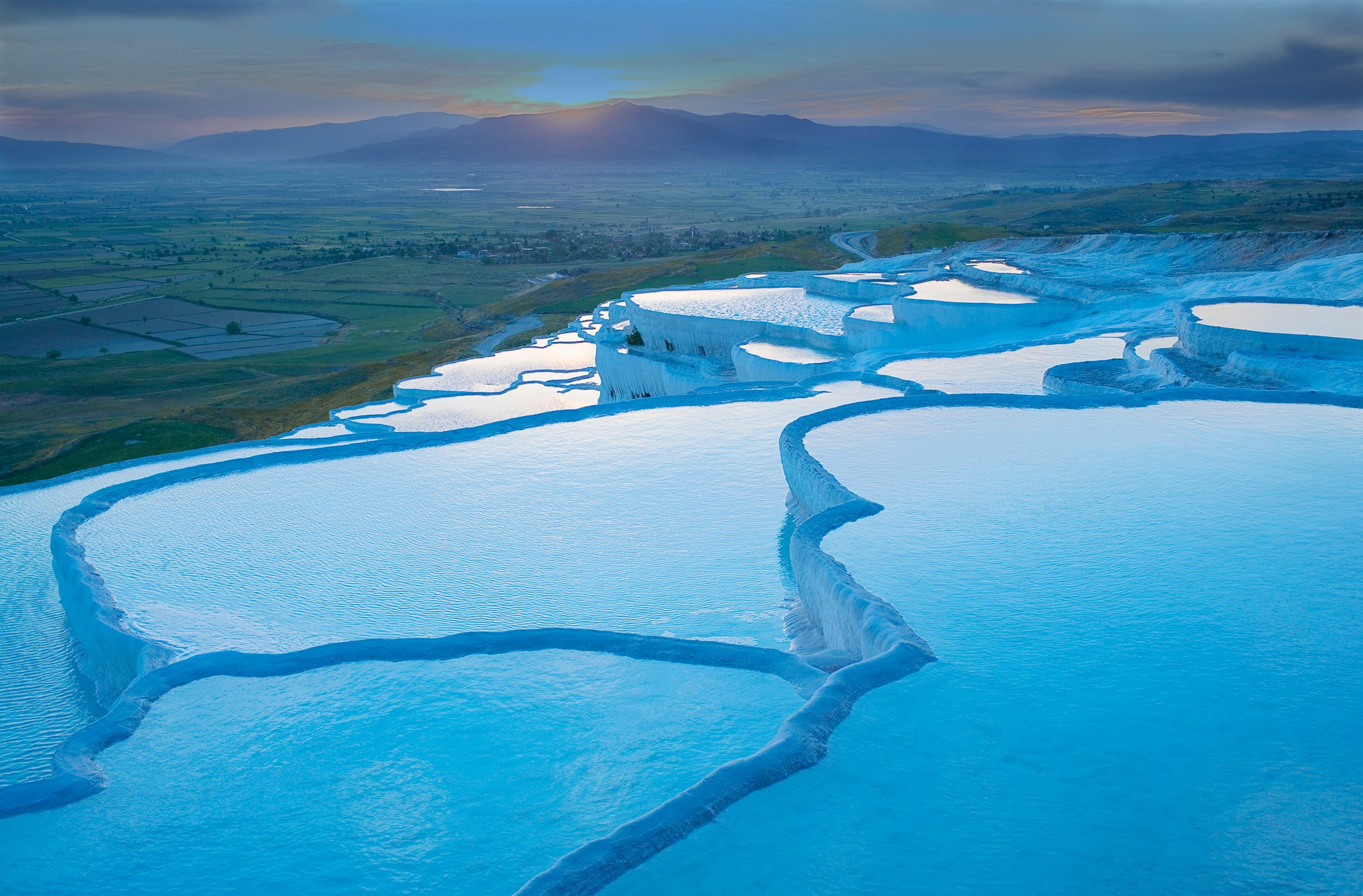 Travertine terrace pools, Pamukkale, Anatolia, Turkey, Asia