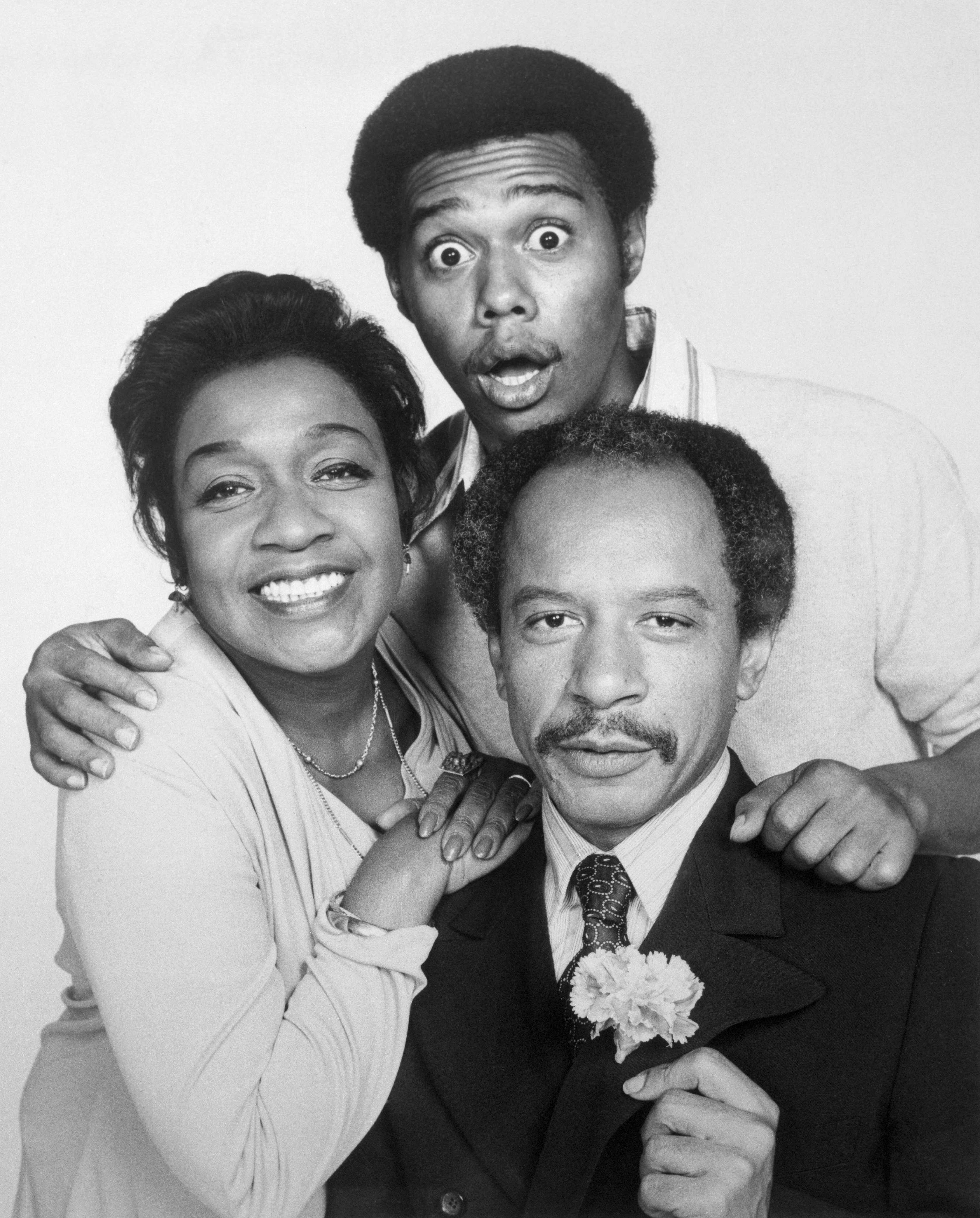 Cast of The Jeffersons Posing Together