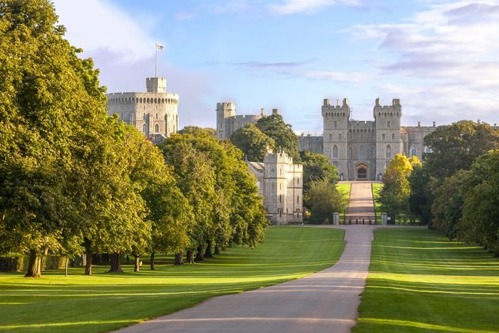 The Long Walk with Windsor Castle in the background, Windsor, Berkshire, England, United Kingdom, Europe