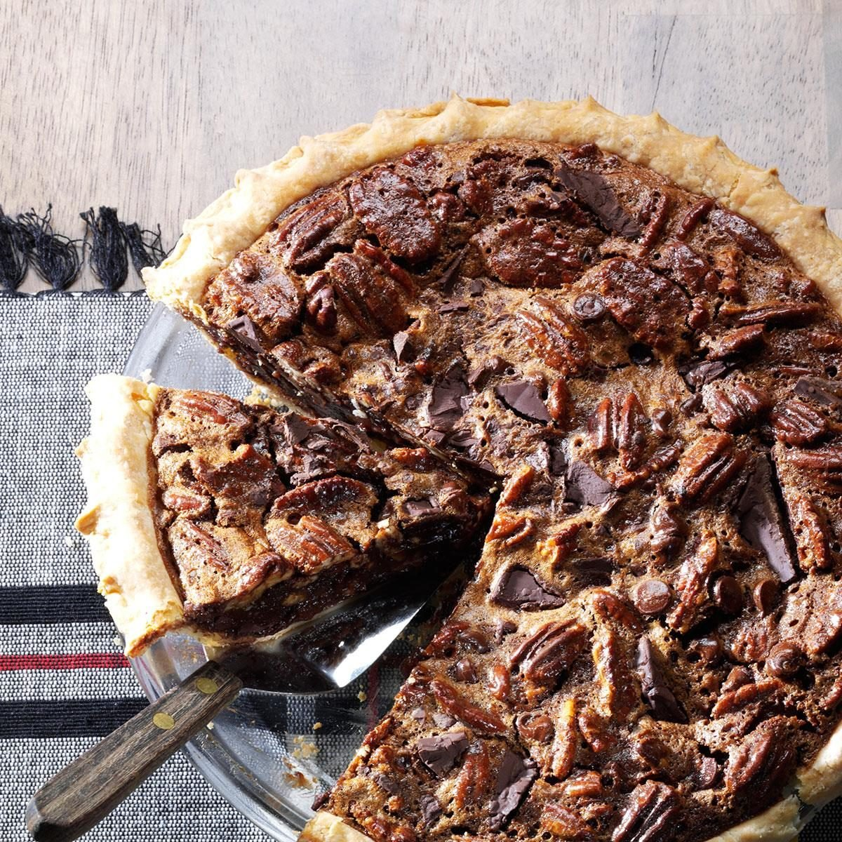 Missouri: Ultimate Chocolate Chunk Pecan Pie