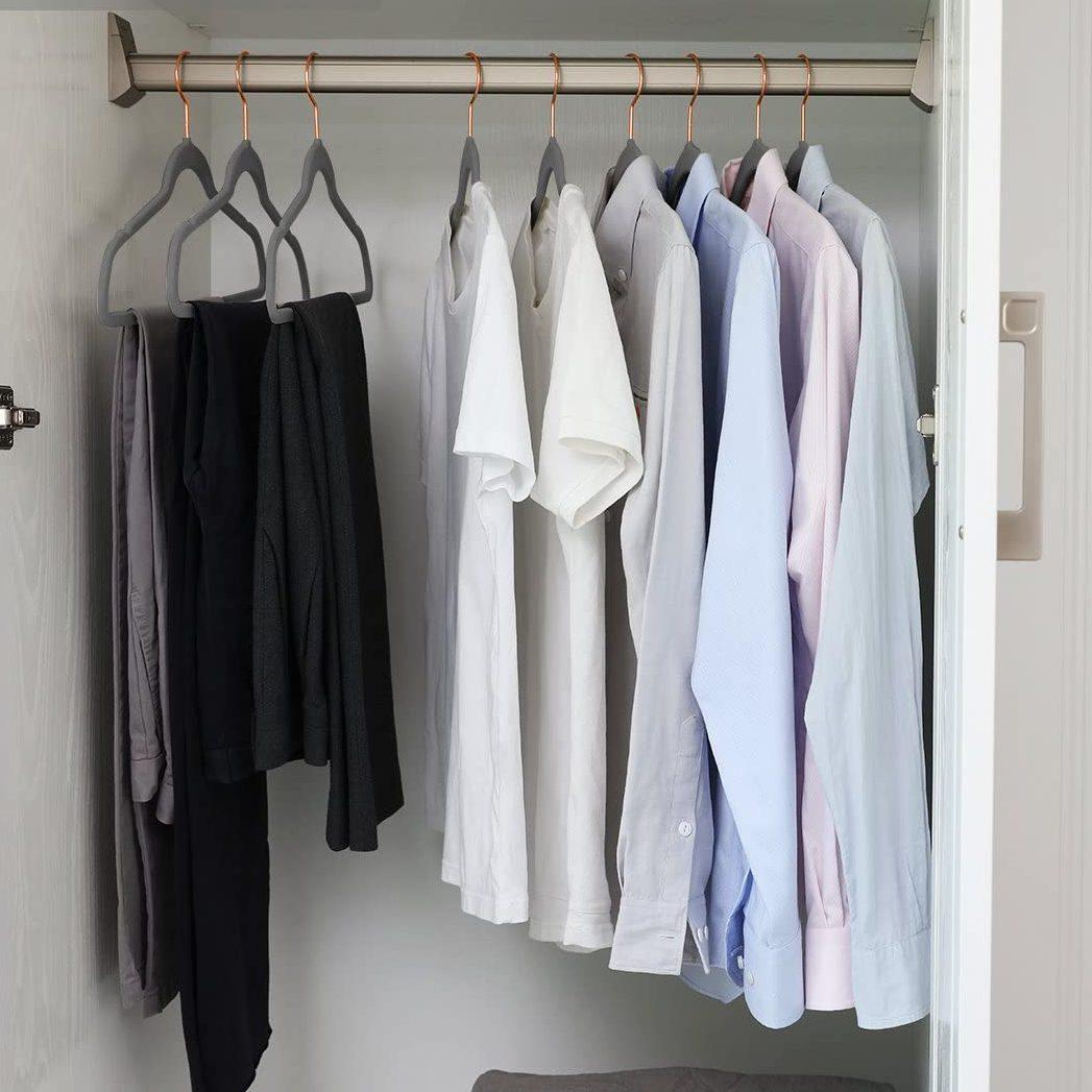 MIZGI Premium Velvet Hangers