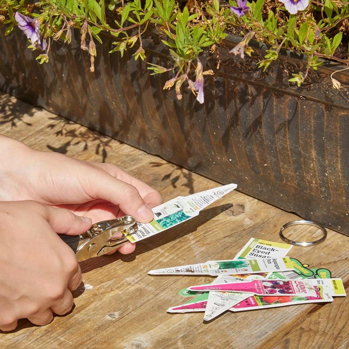 HH key ring plant tag organizer