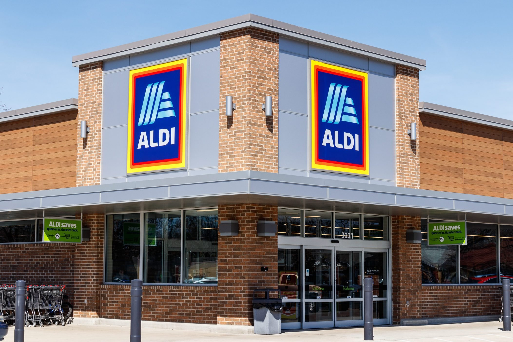 Aldi Discount Supermarket. Aldi sells a range of grocery items, including produce, meat & dairy, at discount prices II