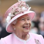 A Body Language Expert Analyzes 15 Iconic Photos of Queen Elizabeth