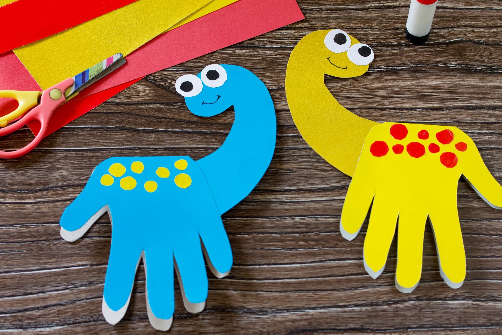 Father's day or birthday gift - card dinosaur. Handmade. Project of children's creativity, handicrafts, crafts for kids.