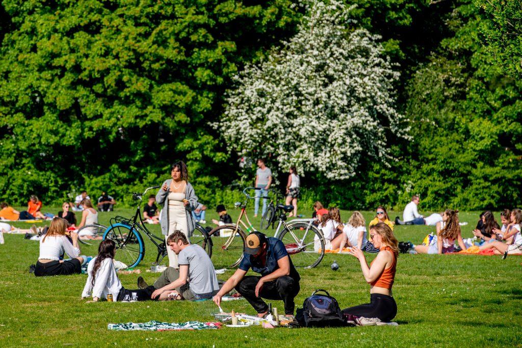 People gathering at Vroese Park, violating the corona virus...