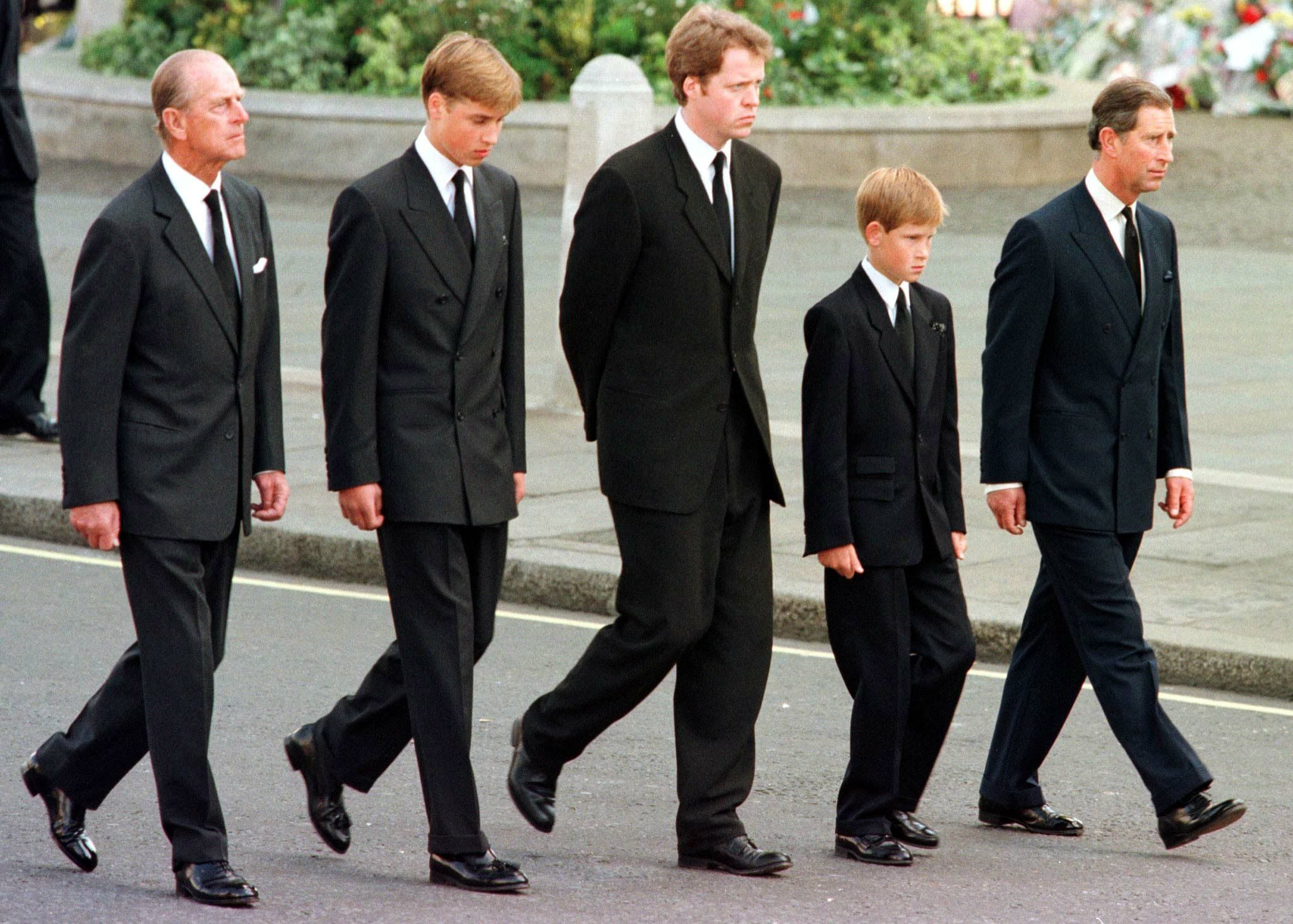 (L to R) The Duke of Edinburgh, Prince W