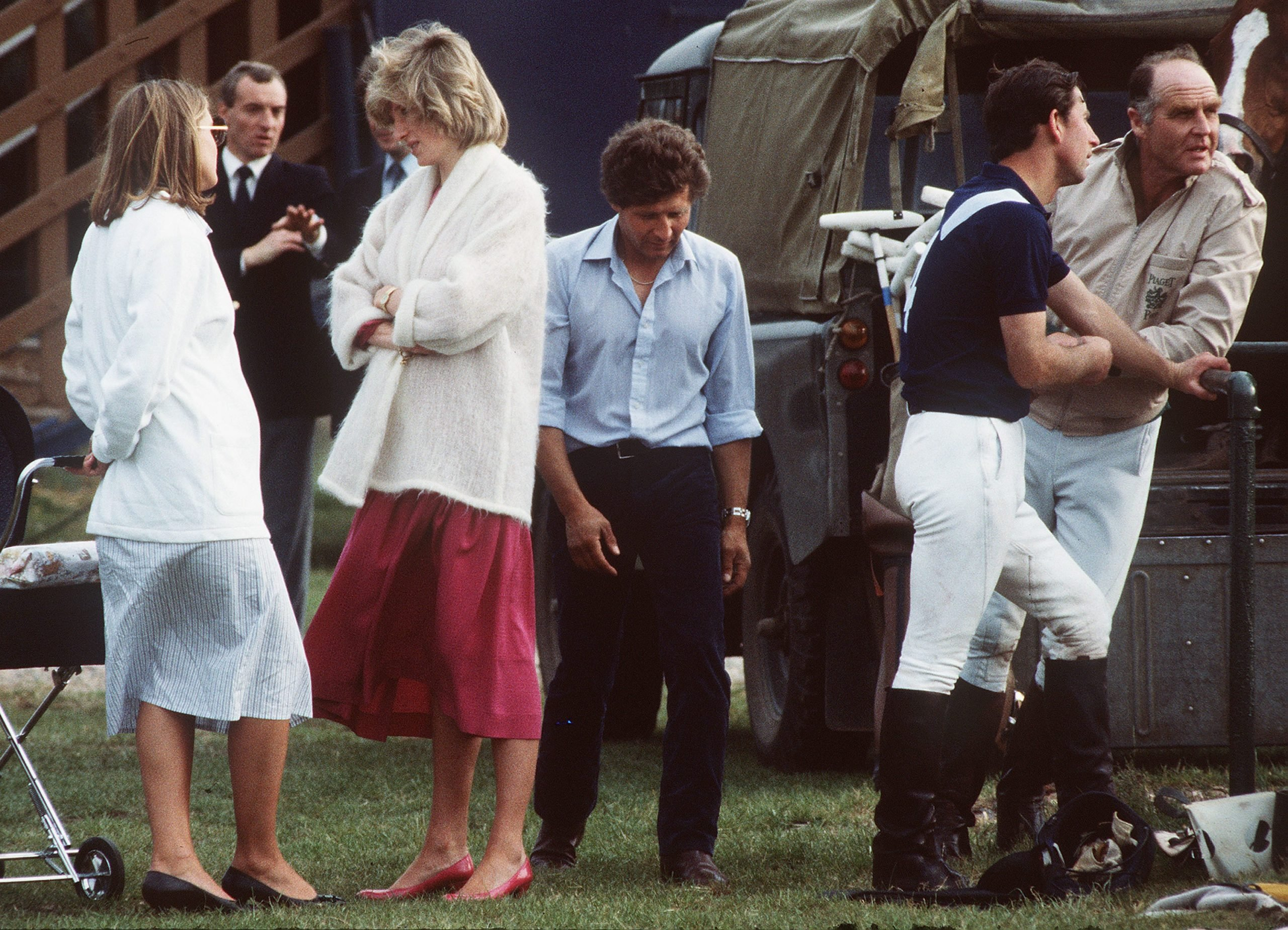 New Video Tapes Aired Of Princess Diana In US