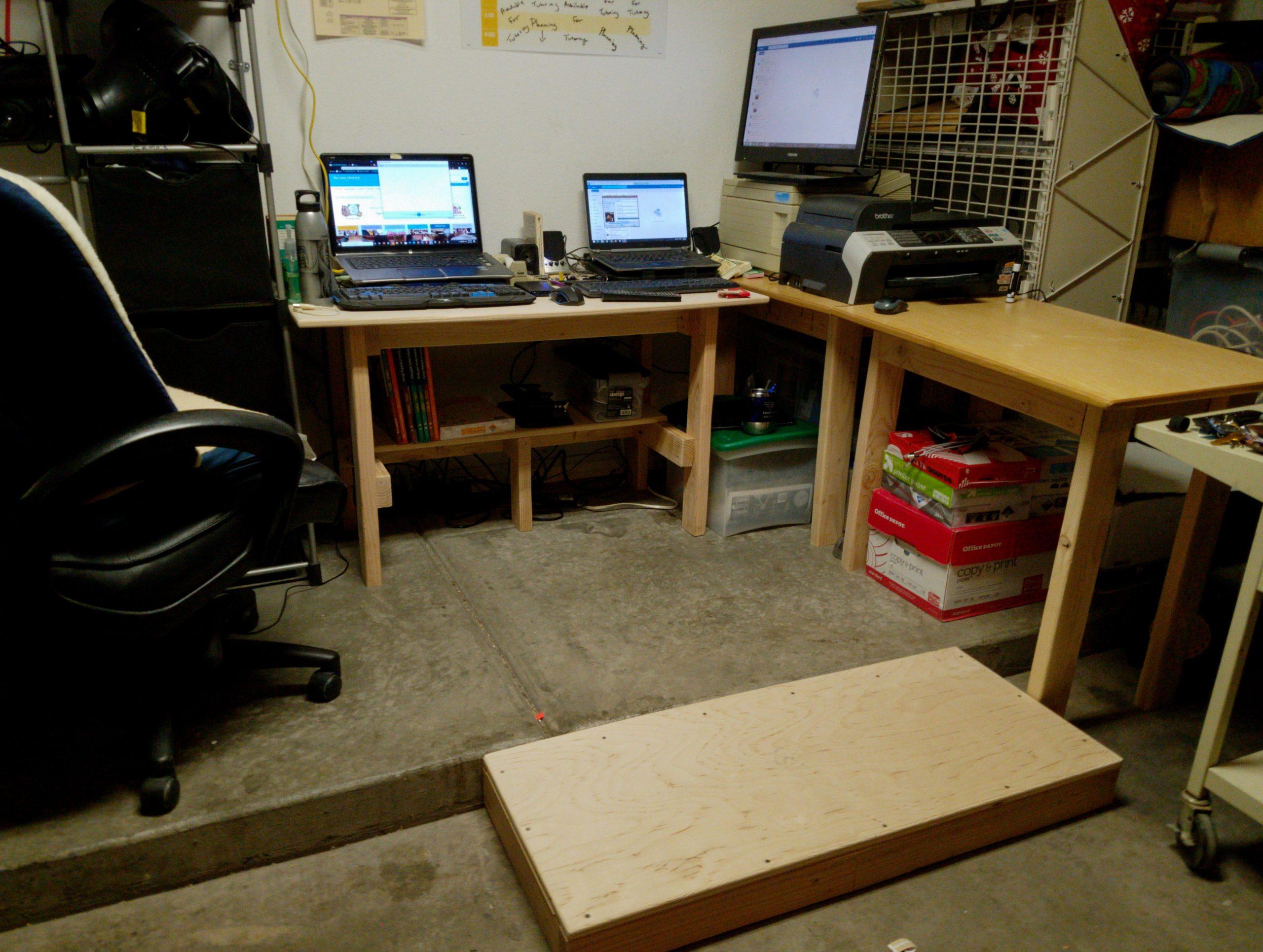 the finished custom desk