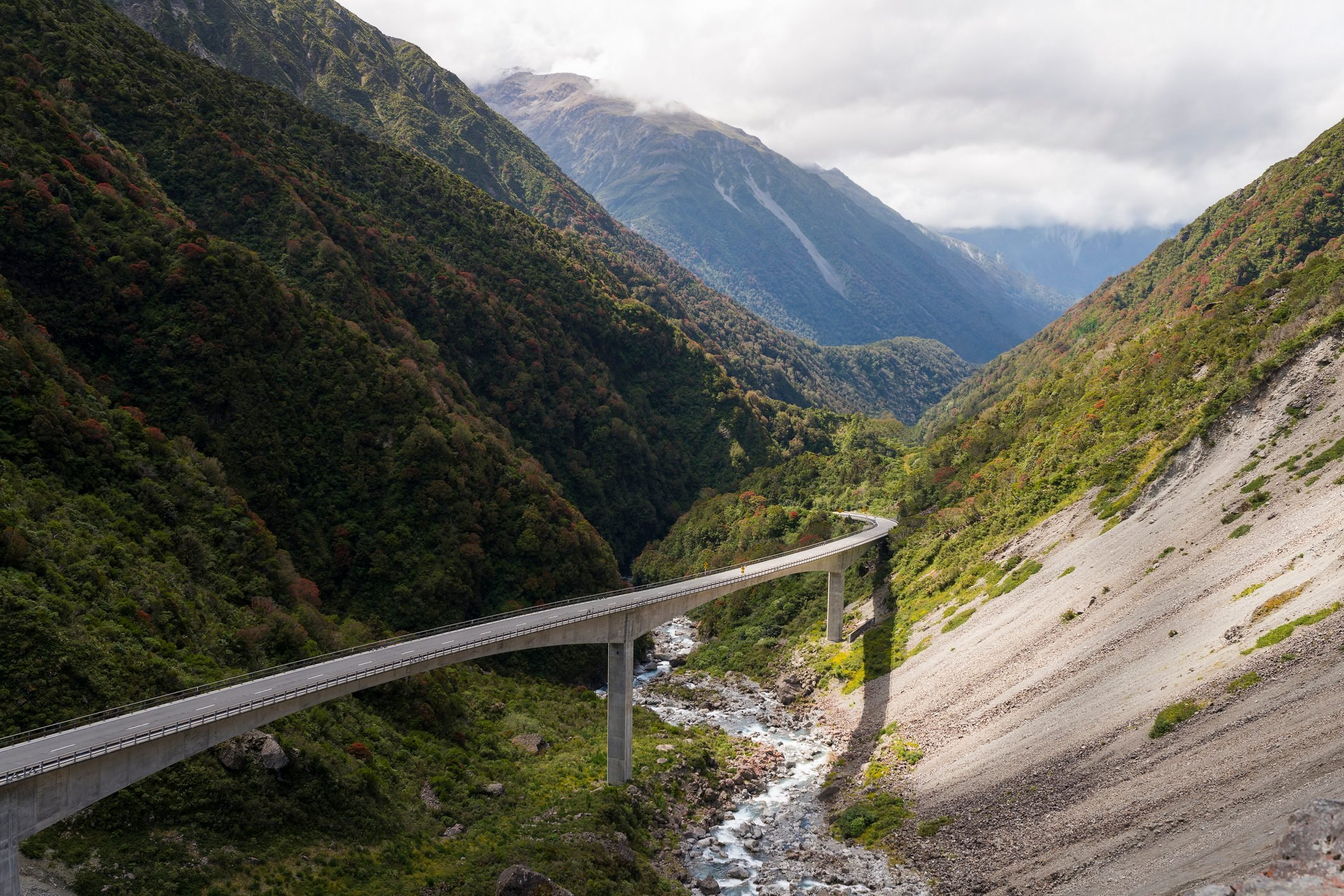 New Zealand, South Island, Southern Alps, Arthur's Pass Bridge