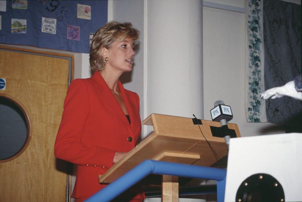 Diana Visits London Lighthouse