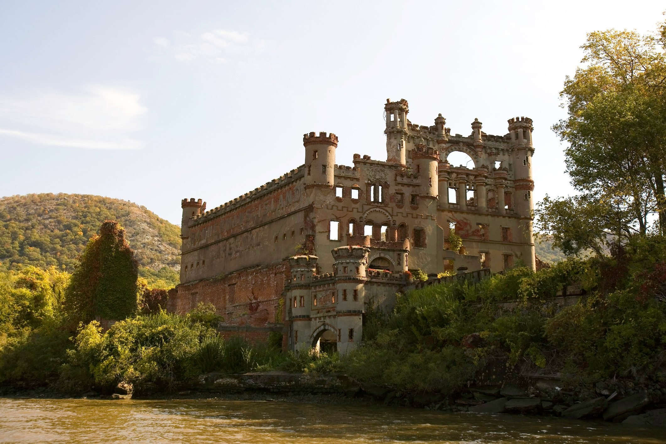 Bannerman Castle River View