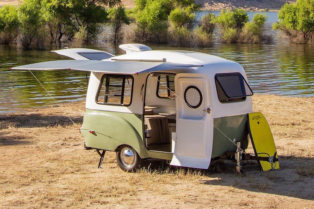 Customizable travel trailer