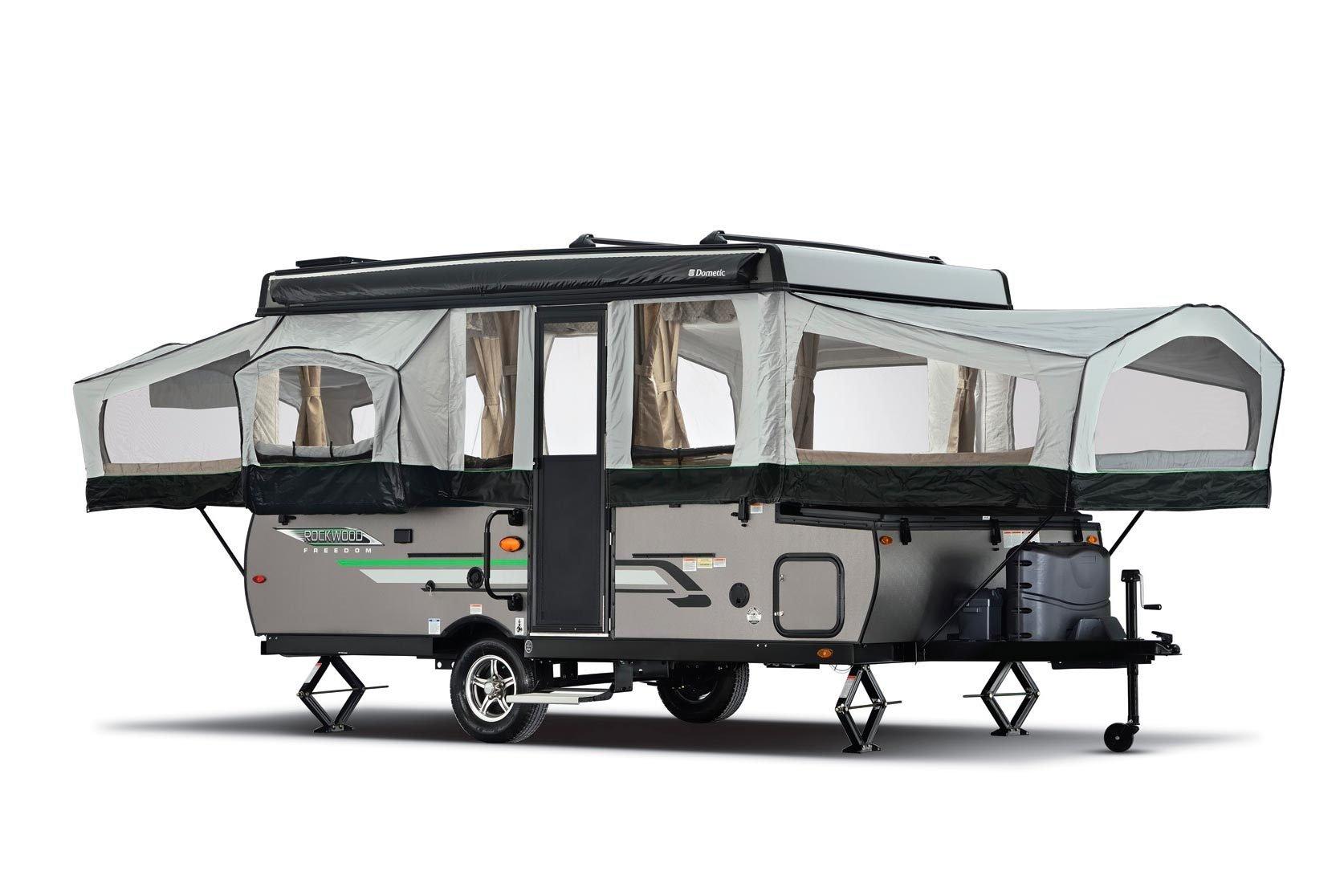 Pop-up travel trailer