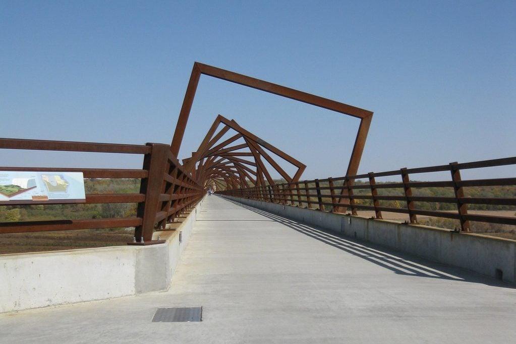 Bridge with cool sculpture