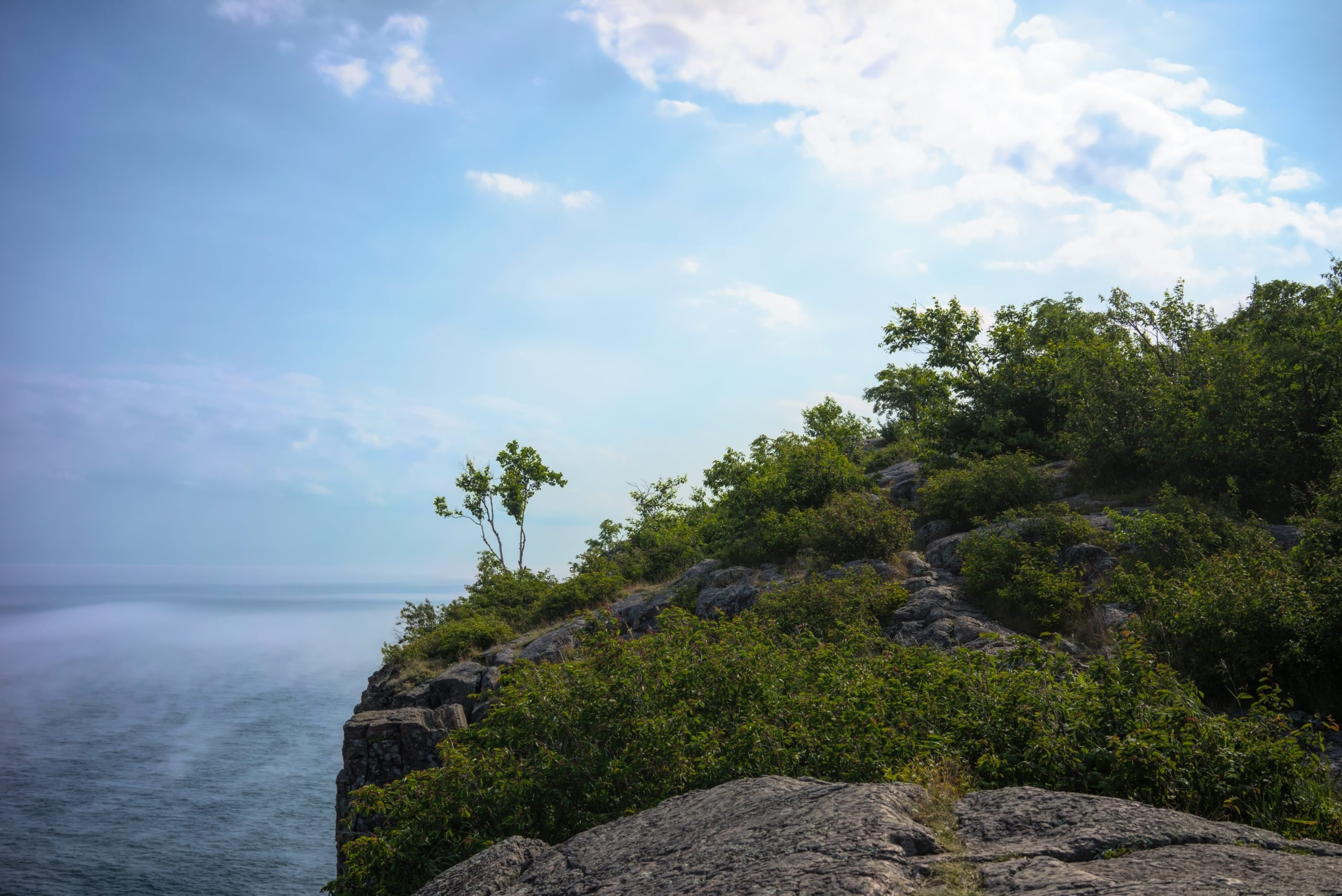Scenic view of the Lake Superior shoreline and cliff