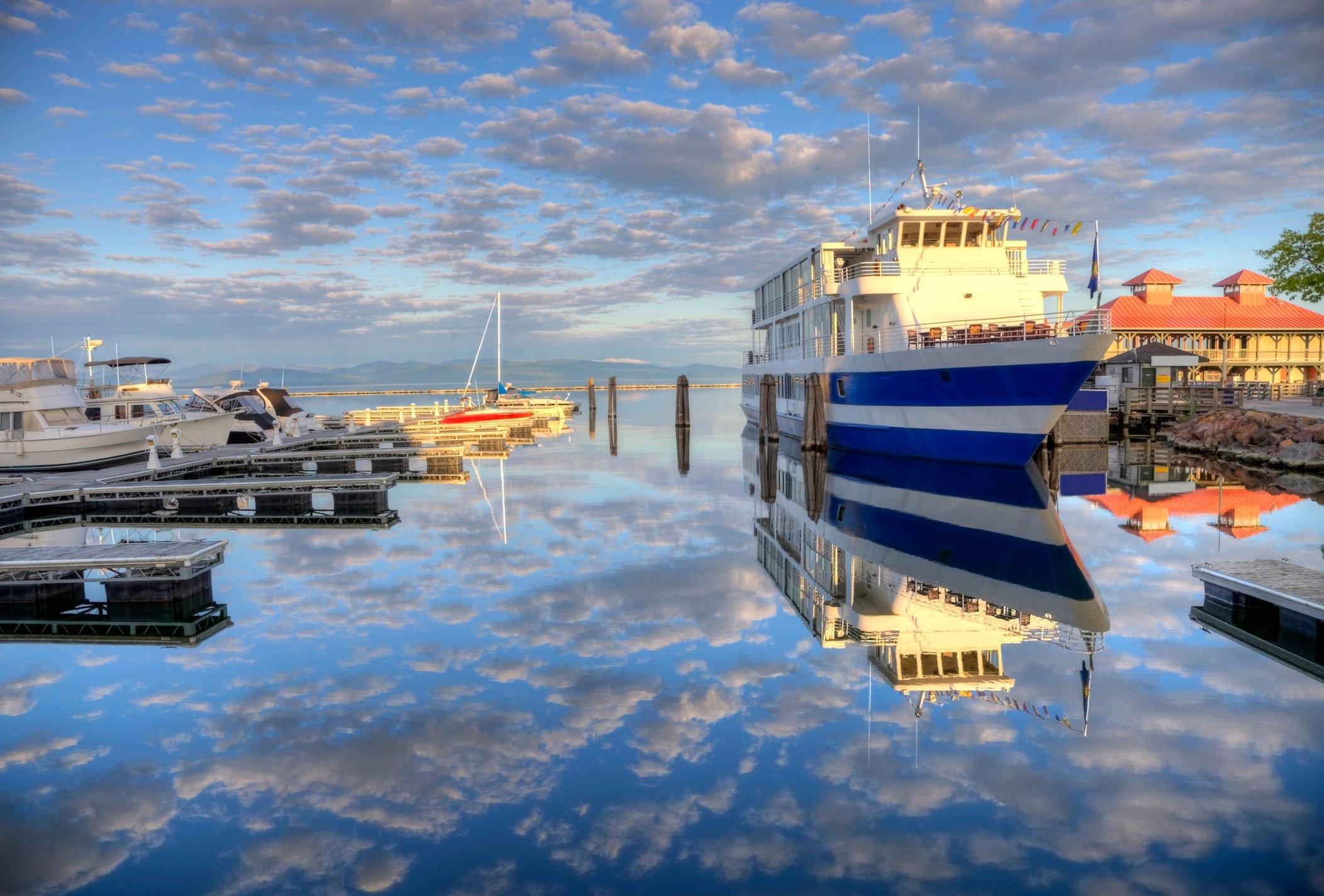 Lake Champlainin Burlington, Vermont