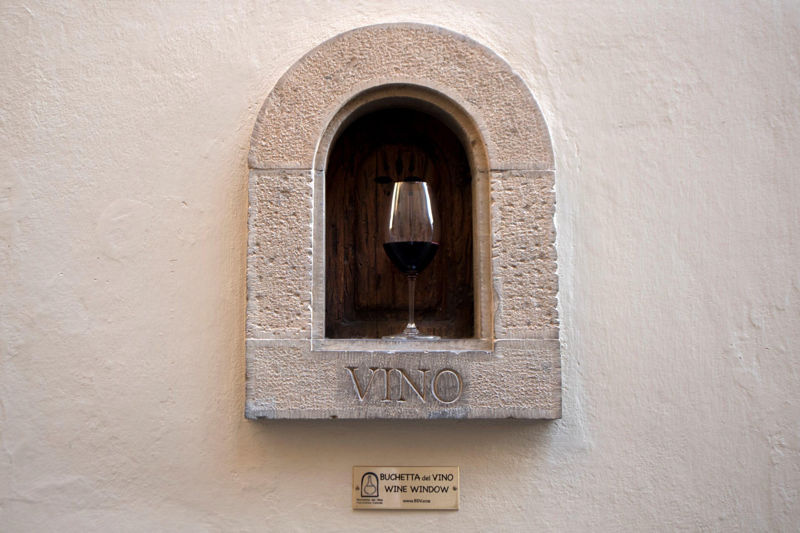 ITALY-WINE-FOOD-DRINK-HEALTH-VIRUS