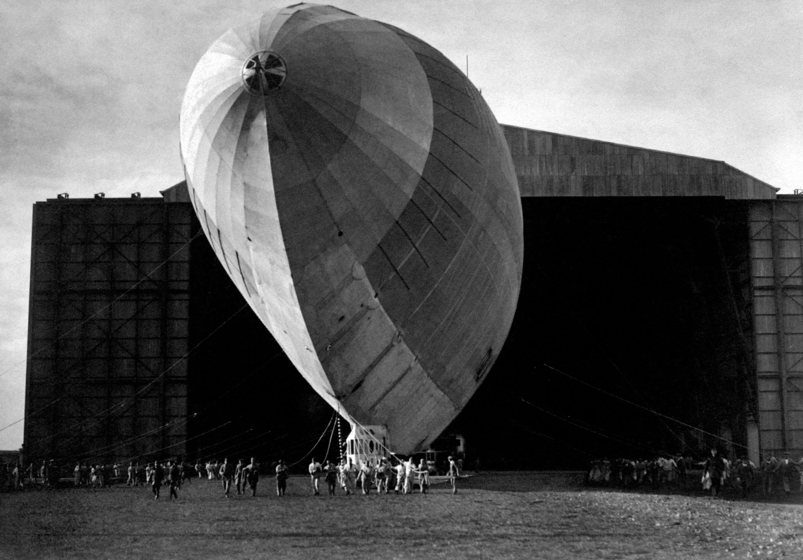 The airship Italia comes out of Ciampino hangar