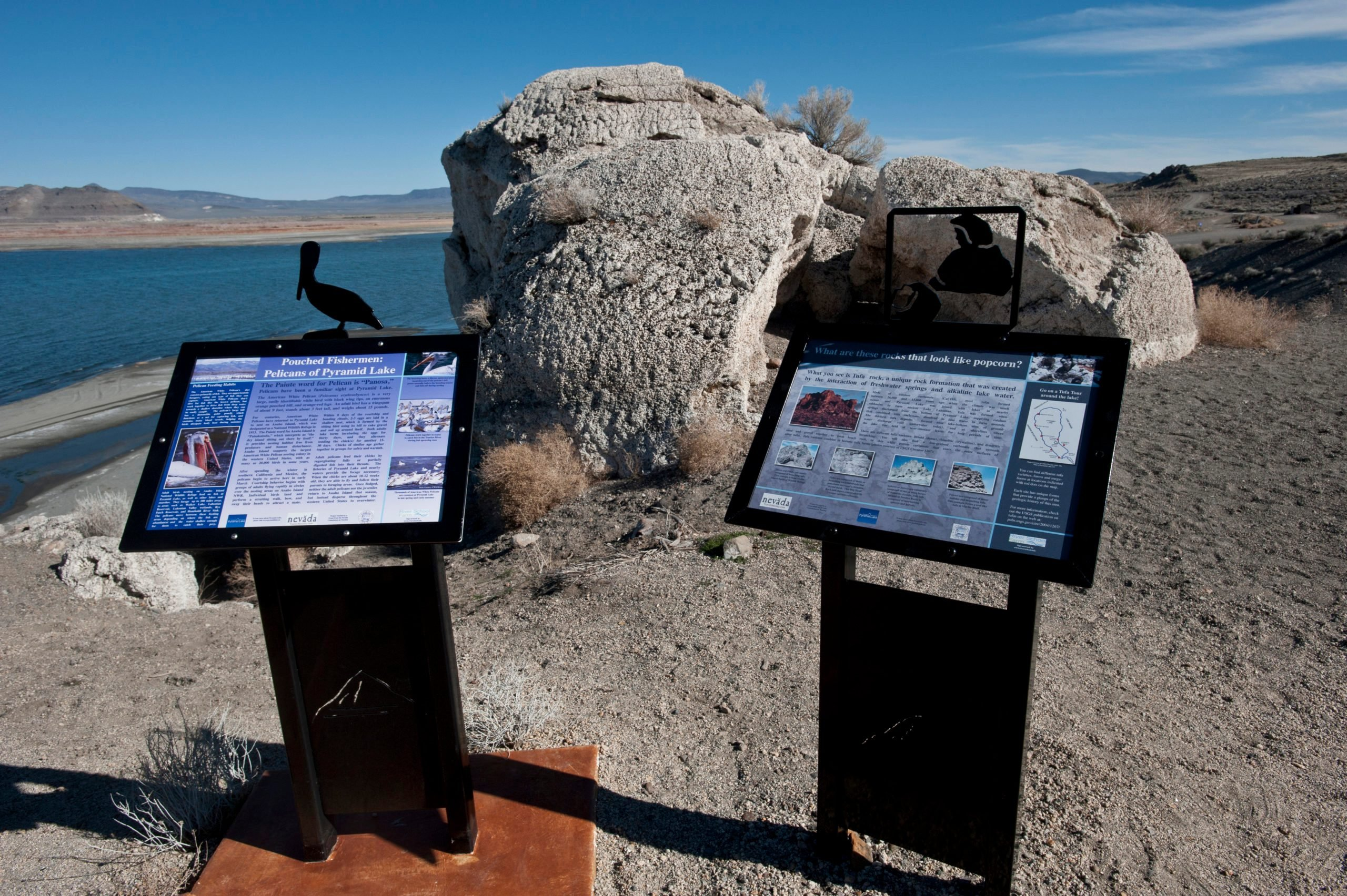 Nevada, Nixon, Pyramid Lake showing Overlook with informational signs