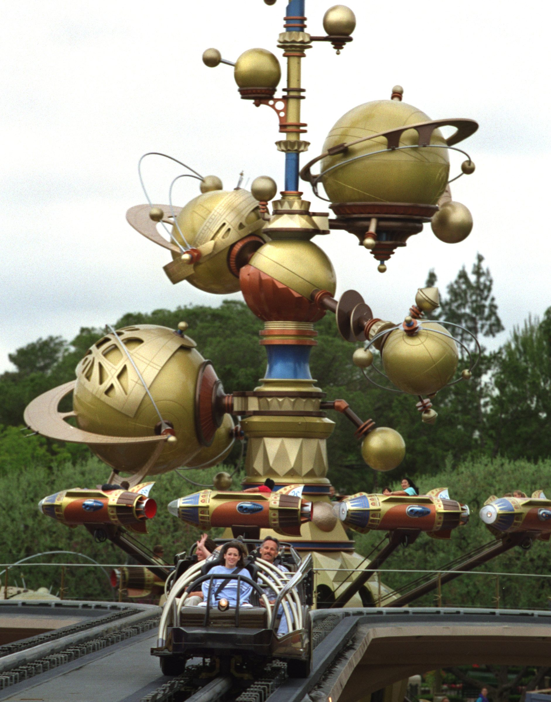 CA.tomorrowland.1.0510.AS––ANAHEIM––Disneyland –furnished models ride Rocket Rods, front, and the As