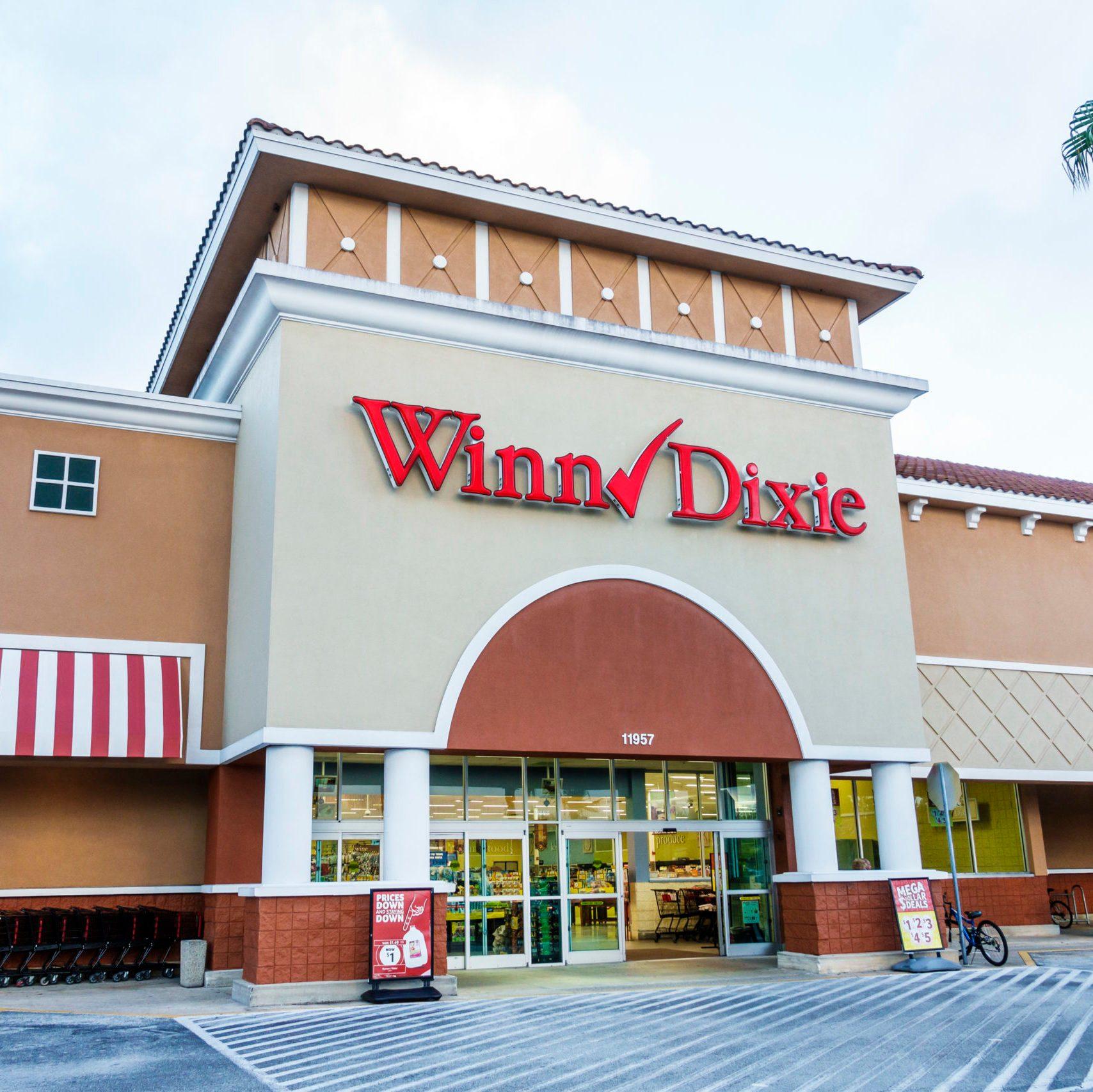 Orlando, Lake Buena Vista, Winn Dixie Supermarket Exterior