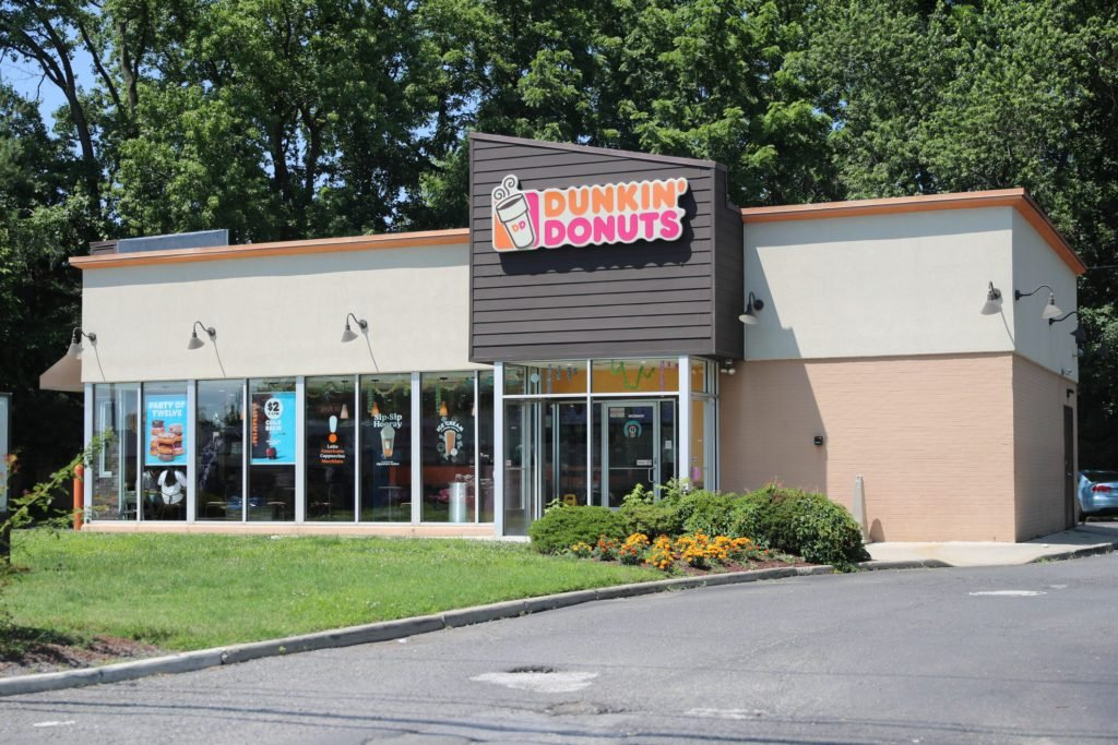 Dunkin' Is Permanently Closing 800 of Its Locations—Here's Why