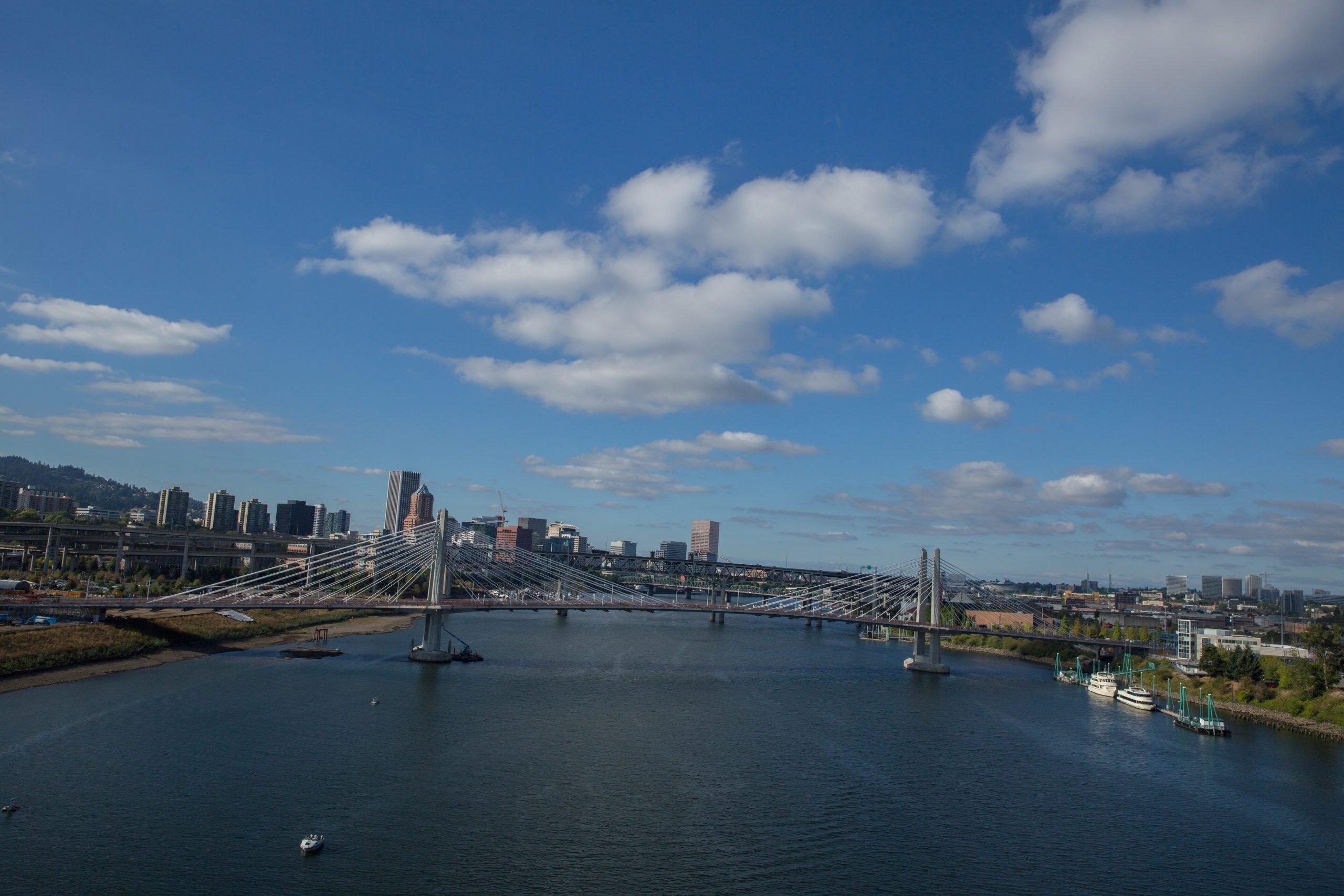 tilikum crossing bridge portland