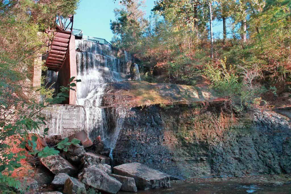 Dunn's Falls, Mississippi