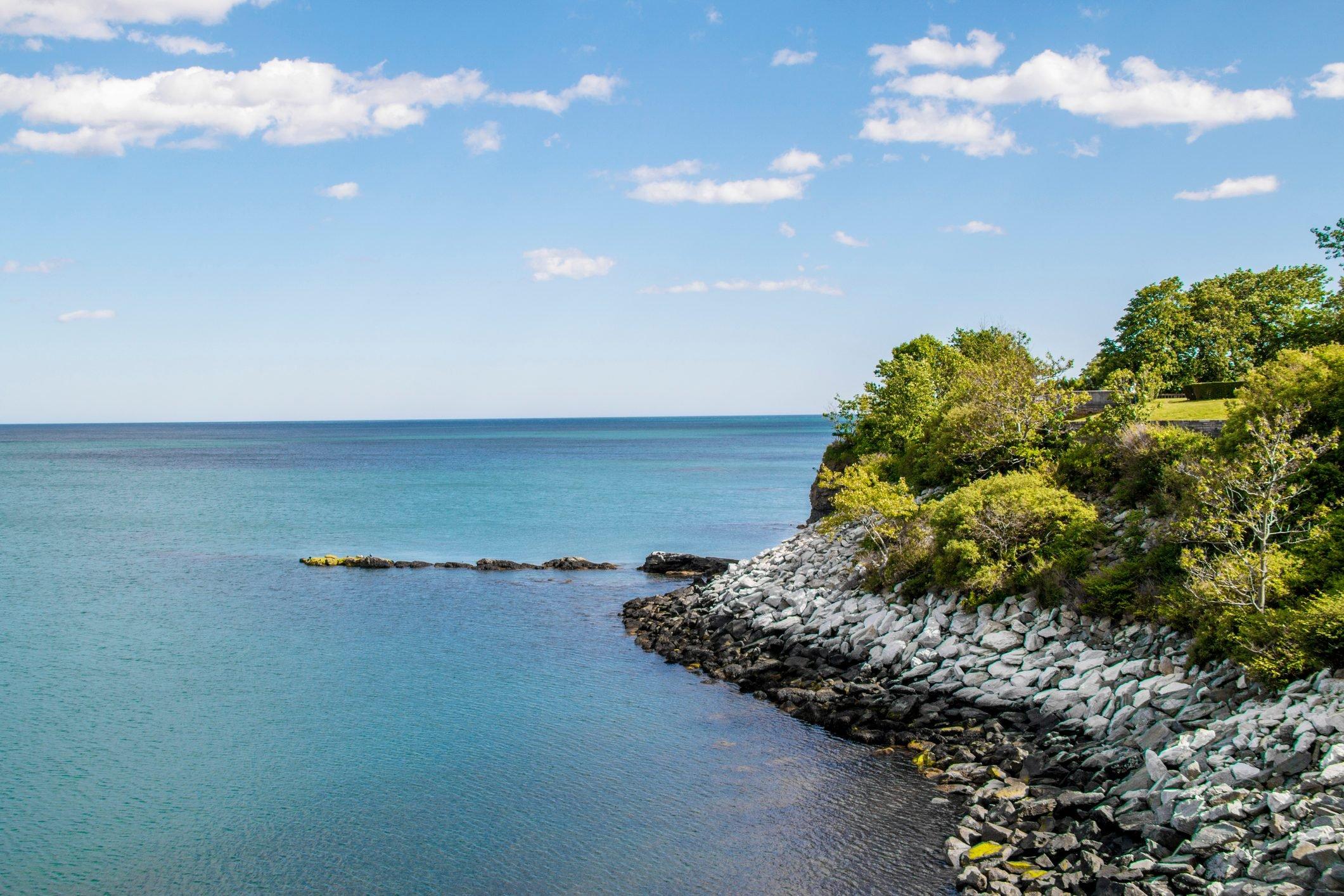 ocean view from the cliff walk in Newport Rhode Island