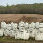 13 Eerie Photos of Crumbling Presidential Statues